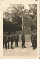 COMPIEGNE (OISE ) 1940 Photo Werhmacht WW2 ,  RETHONDES Monument Allemagne Vaicue   . Carrefour De L'armistice . - 1939-45