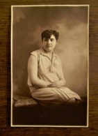 Oude Foto-kaart  Sepia-kleur Zittende DAME Door  Fotograaf OMER  D' HAESE  AALST - Identified Persons