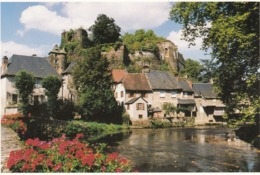 Cp , 19 , SÉGUR-le-CHÂTEAU , Dans Les Gorges De L'Auvézère, Dominé Par Les Ruines Du Château Fort (XIIe Et XIIIe S.) - Sonstige Gemeinden
