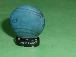 """Fèves / Pays / Région : Neptune  """" Mat """"    T8  ( Moyenne Taille  ) - Regionen"""