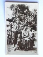 CPA ASIE - CAMBODGE - Phnom Penh - Jeunes Femmes Et Fillettes - Cambodge