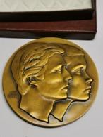 Luxembourg Médaille, Mariage Henri-Maria Térésa De Luxembourg 14-2-1981 - Tokens & Medals