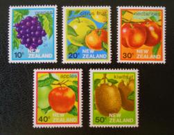 FRUITS DE NOUVELLE-ZELANDE 1983 - NEUFS ** - YT 854/58 - MI 884/88 - Nouvelle-Zélande