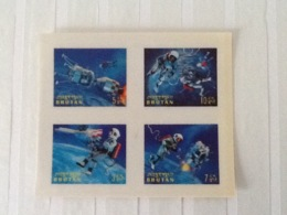 Bhutan Space  3D Stamps MNH. - Asie