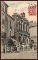 Servian Hôtel De Ville Animé - Commerce Boucherie Café - Hérault 34290 - Région Occitanie - SERVIAN Cp De 1906 - Other Municipalities