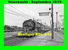 AL 606 - Train - Loco 141 R En Gare De MORET-LES-SABLONS - Seine Et Marne - SNCF - Eisenbahnen