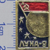 203 Space Soviet Russia Pin Luna-9 Soviet Moon Program - Espace
