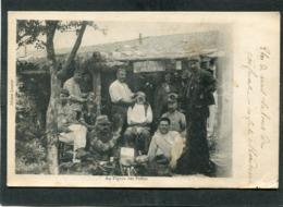 CPA - Au Figaro Des Poilus, Animé - Barbiers - Guerra 1914-18