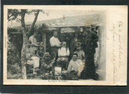 CPA - Au Figaro Des Poilus, Animé - Barbiers - Oorlog 1914-18