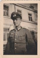 PHOTO ORIGINALE GUERRE 1939  1945 SOLDATS ALLEMAND OFFICIER POUR LA POSE PHOTO DOS TEXTE EN ALLEMAND FELDE NOVEMBRE 1939 - 1939-45