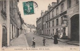 50 Valognes. Rue Des Religieuses. Hotel Du Louvre - Valognes