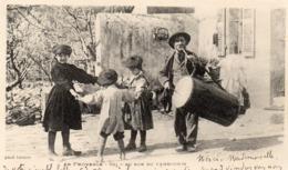 EN PROVENCE AU SON DU TAMBOURIN BELLE ANIMATION DANSE ENFANTS CARTE PRECURSEUR 1902 - Provence-Alpes-Côte D'Azur