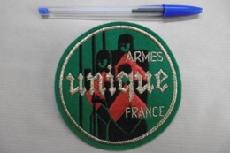 """Ecusson Tissu Brodé Marque ARMES """"UNIQUE"""" FRANCE - Publicité"""