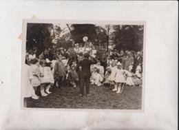 PRETTY MAY DAY FESTIVAL IN REGENT'S PARK LONDON CHILDREN LADY LEVESON GOWER   20*15CM Fonds Victor FORBIN 1864-1947 - Sin Clasificación