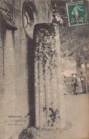 DOLMEN Et MENHIR -    Borne Romaine à SAINTE TREPHINE ( Bretagne ) - Dolmen & Menhirs