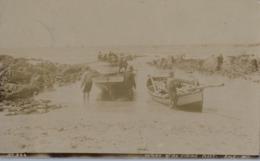 1910 , SUDAFRICA , TARJETA POSTAL CIRCULADA , KALK BAY , LENNON'S SERIES - RETURN OF THE FISHING FLEET - Sudáfrica