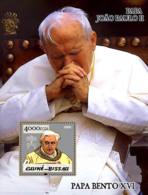 Guinea - Bissau 2005 - Pope Benedict & Pope John Paul II S/s, Y&T 243, Michel 3013/BL502 - Guinea-Bissau
