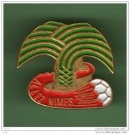 FOOT *** ALLEZ NIMES *** 1051 - Football
