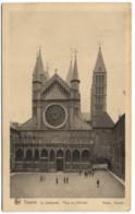 Tournai - La Catéhdrale -Place De L'Evêché - Tournai