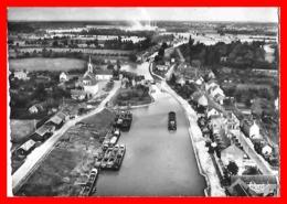 CPSM/gf (18) MARSEILLES-les-AUBIGNY.  Le Port, Péniches...S1898 - Autres Communes