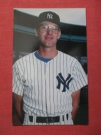 Baseball> New York Yankees -------- Mike Armstrong  Circa 1986    Ref 3622 - Baseball