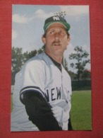 Baseball> New York Yankees -------- Rod Scurry    Circa 1986    Ref 3622 - Baseball