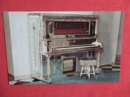 Mirrored Upright Player Piano   Liberace Museum Museum Las Vegas Nevada  Ref 3622 - Museum