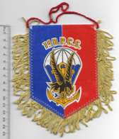 FANION PARACHUTISTE 1° BPCS - Flags