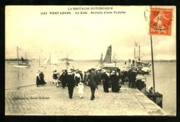 PORT-LOUIS - 5143 : La Cale - Arrivée D'une Vedette - (Gros Plan Très Animé) - Port Louis