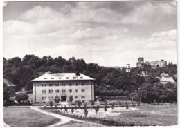 Bolków - Szpital Wojewodzki: Z Prawej Ruiny Zamku Z XIV Wieku - Polen