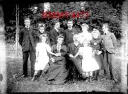 Grande Famille Bretaudeau à La Campagne - Grande Plaque De Verre - Taille 128 X 178 Mlls - Plaques De Verre