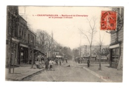 94 VAL DE MARNE - CHAMPIGNOLLES Boulevard De Champigny Et Le Passage à Niveau - France