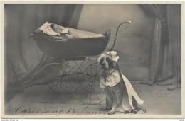 4087 - Thème. Enfant . Berceau.Landau.Chien Belle Série De 6 Cartes - Colecciones, Lotes & Series