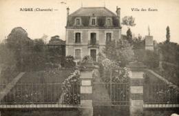 AIGRE - 16 - Villa Des Fleurs - 73354 - France
