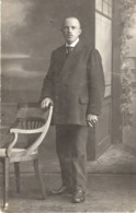 Studiofoto - Mann Im Anzug Stehend Ca 1920 - Fotografie