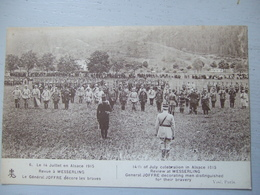 LE 14 JUILLET 1915 EN ALSACE / LE GENERAL JOFFRE DECORE LES BRAVES - Patriotiques