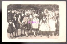 REF 407 : CPA Carte Photo Groupe D'enfant En Costume Folklorique Clown Alsace - Cartes Postales