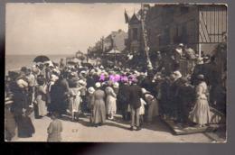 REF 407 : CPA Carte Photo Groupe Retour De Plage (lion Sur Mer ?) - Cartes Postales