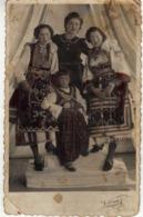 Photo - Postcard 1943 - Celebration ( Quinquagesima,Прощёное воскресенье,Prochka ) Folklore Costumes , Girls Of Skopje - Felicitaciones (Fiestas)