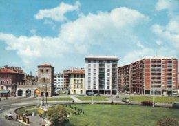 UDINE - PORTA AQUILEIA E VIALE UNGHERIA - INSEGNA PUBBLICITARIA BIRRA DORMISCH - DISTRIBUTORE BENZINA SHELL - 1970 - Udine