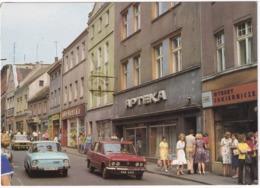 Rybnik: SKODA 100, 2x FSO 125P - 'Apteka', Ulica Jana Sobieskiego -  (Poland) - Toerisme
