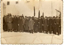 Small Photo - Anonymous Persons From Krusevo Macedonia 26.Feb.1944 - Personas Anónimos