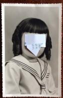 Bambina Vestita Da Marinaretto - Persone Anonimi
