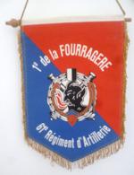 FANION 61° REGIMENT D' ARTILLERIE 1° DE LA FOURRAGERE - Flags
