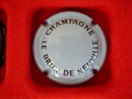 * Capsule De Champagne LE BRUN De NEUVILLE  * - Capsules & Plaques De Muselet