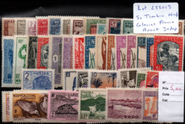 Lot Timbres Neufs Des Colonies Francaises Avant Independance ** - France (former Colonies & Protectorates)