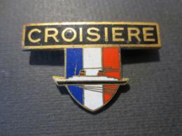 Paquebot France - Insigne émaillée De Croisière Ancien  - Peu Commun - - Schiffe