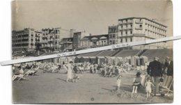 Knokke - Knocke   *    (fotokaart)     Hotel Métropole, Savoy, Hôtel De La Plage, Etc..  - Digue - Strandcabines - Knokke