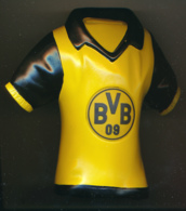 Football : Rare Tirelire BV 09 BORUSSIA DORTMUND, BVB, Bundesliga,  Allemagne, Piggy Bank, Sparschwein - Habillement, Souvenirs & Autres