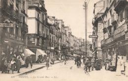 76 Dieppe La Grande Rue Cpa Carte Animée - Dieppe